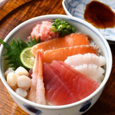 なだ万 料亭の焼魚・煮魚詰め合せ